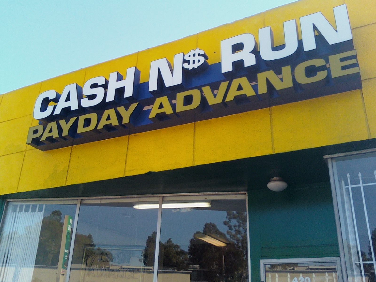 Does payday loan affect your credit picture 1