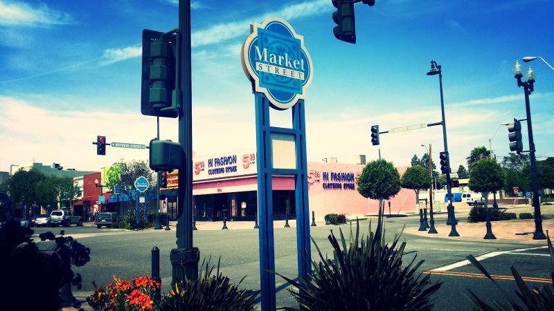 Inglewood's Market Street | Olivia Niland/Neon Tommy