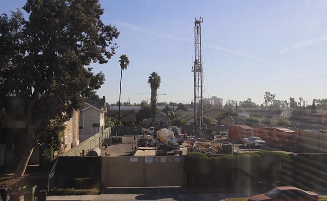 South LA youth, non-profits sue city over neighborhood oil drilling