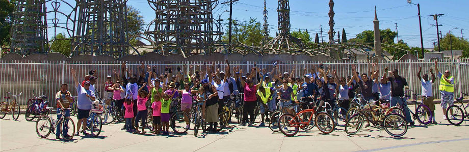 Los Ryderz is a bicycle club that helps youth that live in low-income neighborhoods stay out of trouble. The club provides bikes for about 40 young teens who participate in bike rides along Watts and other neighboring cities.