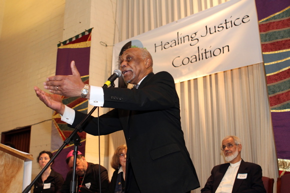 Murray speaks at the Healing Justice Coalition | USC Center for Religion and Civic Culture